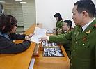 Người dân 16 tỉnh thành đồng loạt bị chậm cấp thẻ căn cước